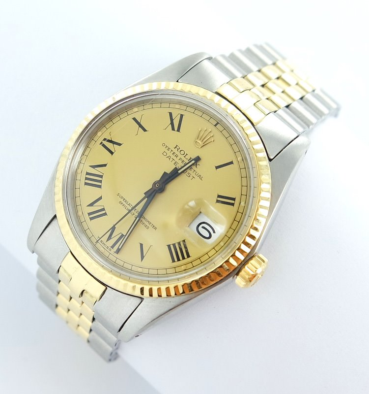 rolex datejust herren uhr mit stahl gold top. Black Bedroom Furniture Sets. Home Design Ideas